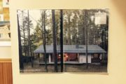林の中の家