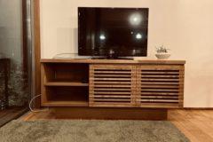 新しい造作TV台